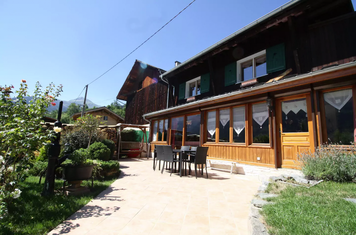 Chalet Quatre Saisons In Summer