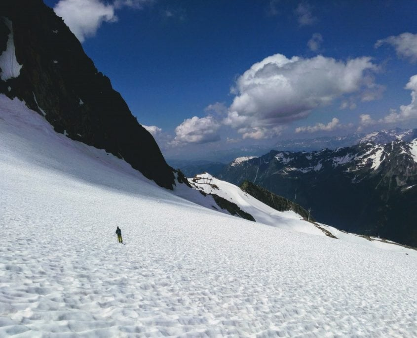 Open Space To Ski!
